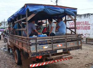 Trabalhador transportado em carroceria de caminhão gera condenação para empresa