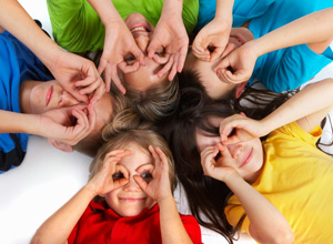 Os direitos de crianças e adolescentes estão previstos no ECA