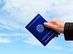 É proibido iniciar o período de férias em dias que o trabalhador não cumpre expediente normal