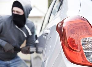 Em casos de roubo de carro, falta de notificação imediata não gera perda automática do seguro