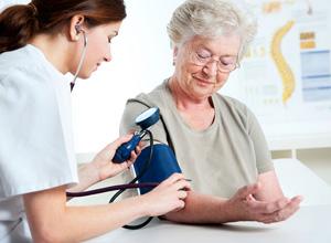 Reajuste de plano de saúde por idade é válido desde que previsto em contrato