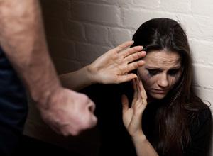 Senado inclui no SUS diretriz para atender vítimas de violência doméstica
