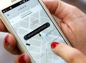 Câmara aprova projeto que cria regras para aplicativos de transporte como Uber