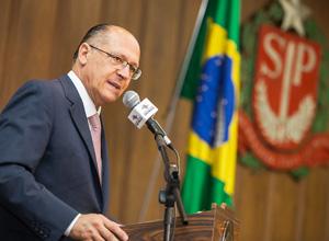 Alckmin lança pacote de conformidade fiscal para beneficiar pessoas físicas e jurídicas