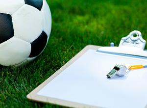 Treinadores de futebol não precisam ser diplomados em educação física