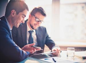 Desvirtuamento de estágio gera vínculo de emprego entre advocacia e estudante