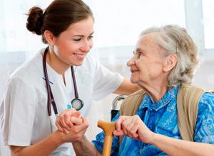 Plano de saúde custeará serviços de enfermagem em favor de idoso