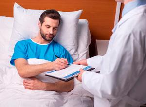 INSS não pode exigir que trabalhador se submeta a cirurgia para evitar aposentadoria