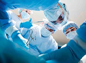 Hospital e médico são responsabilizados por gaze esquecida dentro de paciente