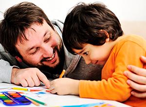 Câmara reduz em 50% jornada de funcionário do Detran para cuidar de filho deficiente