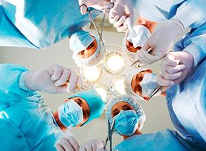 Paciente que sofreu infecção hospitalar após cirurgia será indenizada