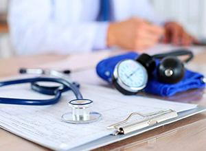 Beneficiário de plano de saúde por adesão tem legitimidade para questionar rescisão