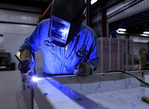 Metalúrgica é condenada a indenizar ex-empregado vítima de acidente de trabalho