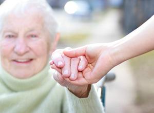Mais amparo aos aposentados que dependem da ajuda de terceiros