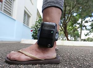 Violência doméstica: tornozeleiras garantem cumprimento de medidas protetivas