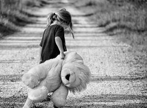TJTDF mantém condenação em danos morais por abandono afetivo de filha