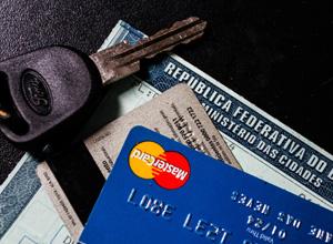 Parcelamento de multas de trânsito no cartão de crédito em SP poderá ser feito pela internet