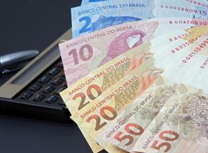 Mulher que recebeu pensão após a morte do ex-marido é condenada a devolver o dinheiro