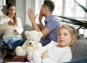 Quarentena pode agravar a alienação parental – prática que leva filho a rejeitar um dos pais