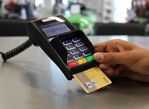 Cliente será indenizado por cartão de crédito recusado em compra