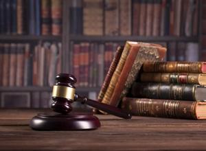 Tribunal mantém pagamento de pensão alimentícia à filha maior de idade com doença grave