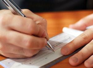Banco deverá indenizar cliente por se recusar a descontar cheque
