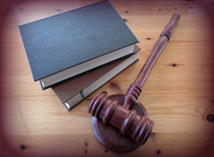 Suspensão do leilão a pedido do devedor fiduciante permite antecipar cobrança pela ocupação do imóvel