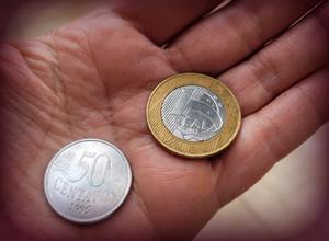 Anulada dispensa por justa causa de trabalhadora que pegou R$ 1,50 do caixa para comprar lanche